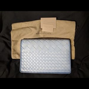 NEW Bottega Veneta Intreccio Montebello Clutch